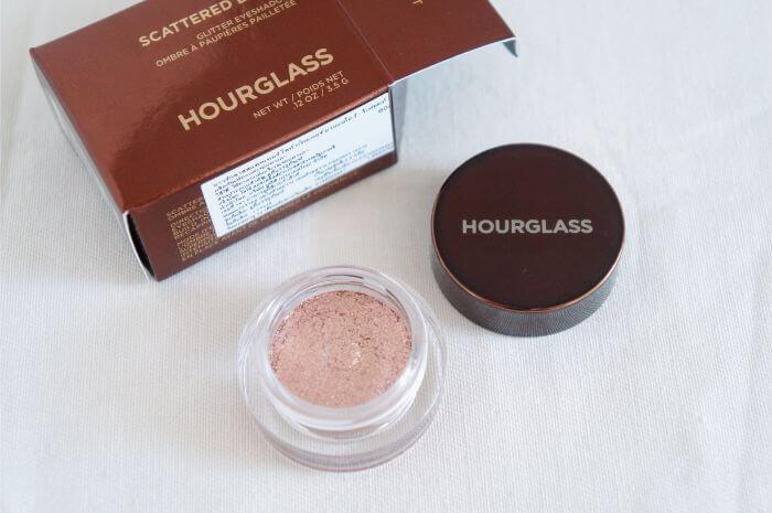 hourglass-glitter-eye-shadow